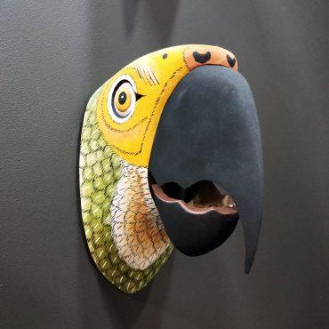 014 – Parrot (L)